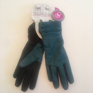 NWT- UR Powered genuine leather lined gloves